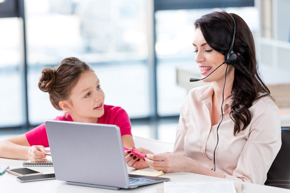 Web based Tutoring – What Makes It Click?
